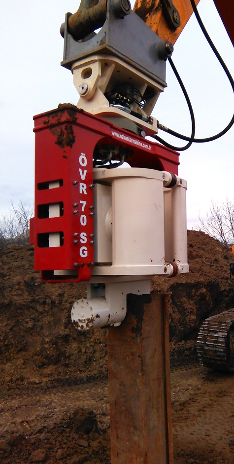 Excavator Mounted Side Grip Pile Driver