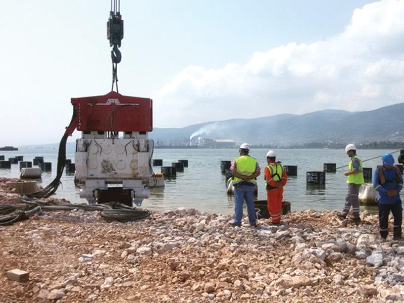 Crane Suspended Piling Equipment SVR 101 NF
