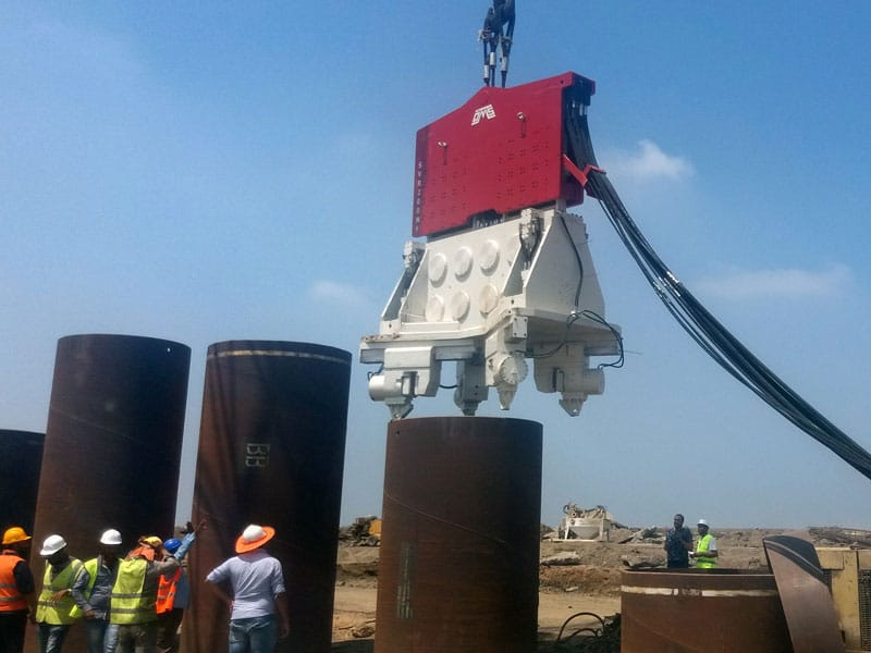 Crane Suspended Piling Equipment SVR 200 NF - Egypt